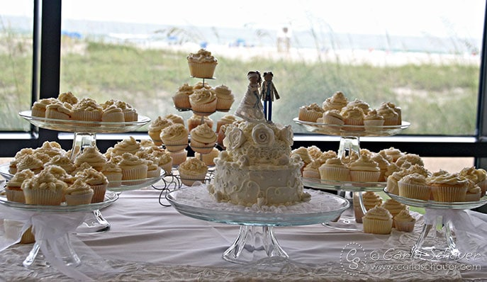 Crafty Wedding Cakes And Surprise Road Trip Carla