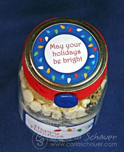 Free printable Holiday Lights canning jar round label