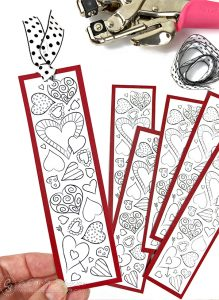 Valentine Heart Bookmarks to Print andColor